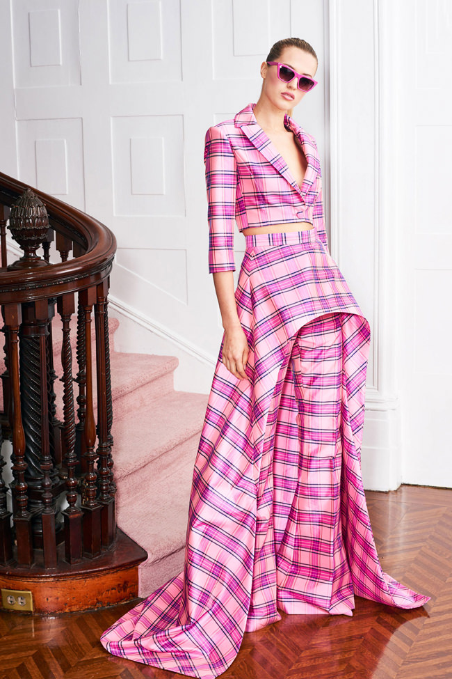 Christian-Siriano-Resort-2019-Collection-GALLERY-Runway-Fashion-Tom-Lorenzo-Site-1